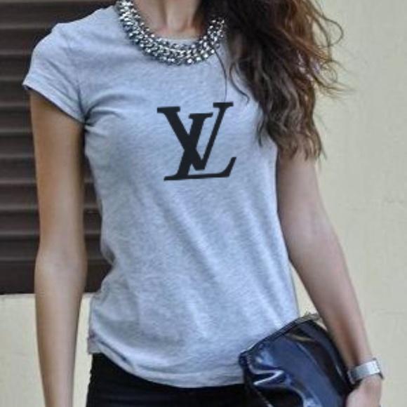 d4d6a40d7e94 Louis Vuitton Tops - LV women tee
